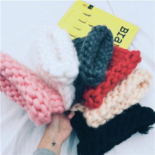 шапки из буклированной пряжи женские