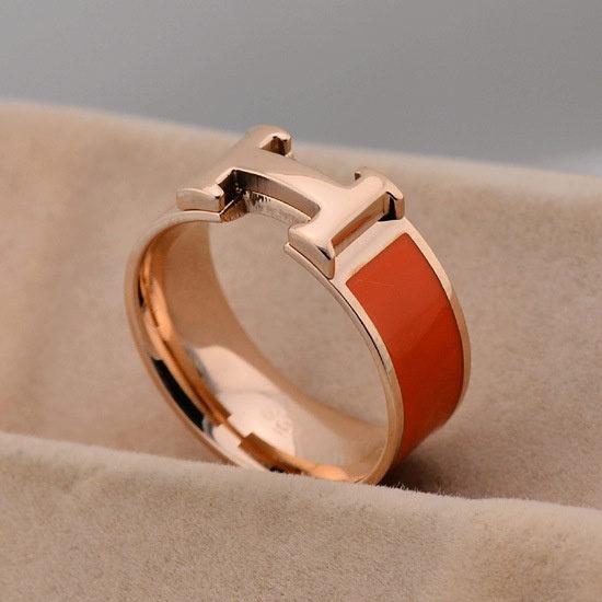 Кольцо HERMES А382. Женские кольца Hermes купить по лучшей цене в ... 88e2fccb969