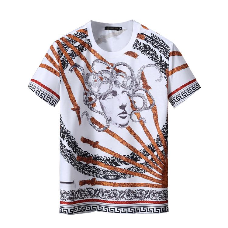 a8f64e2da77d3 Белая футболка с принтом Versace 7854. Мужские футболки Versace ...